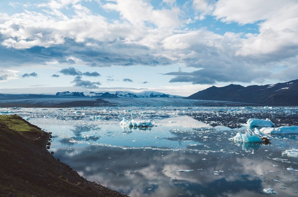 Nuove rotte e nuove prospettive nel dopo Covid-19: La Rotta Artica in uno studio di SRM