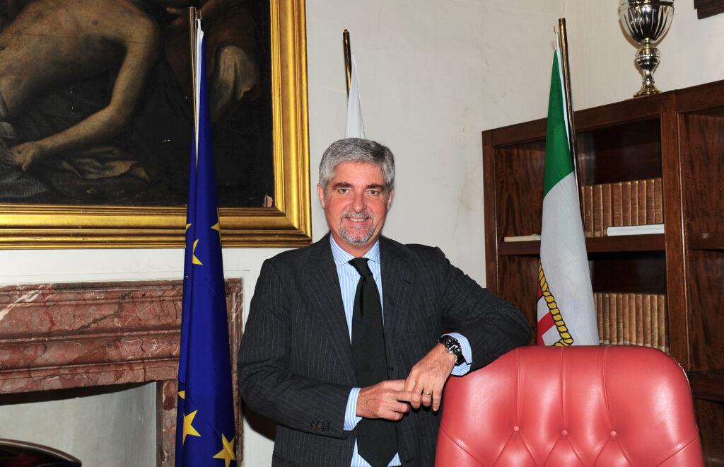Un caffè con Mario Mattioli: l'importanza del mare per l'economia del Paese
