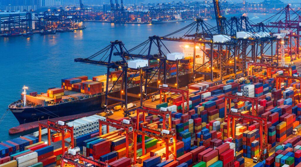 Accelerare l'adozione di combustibili a zero emissioni per le navi: la richiesta dell'ICS
