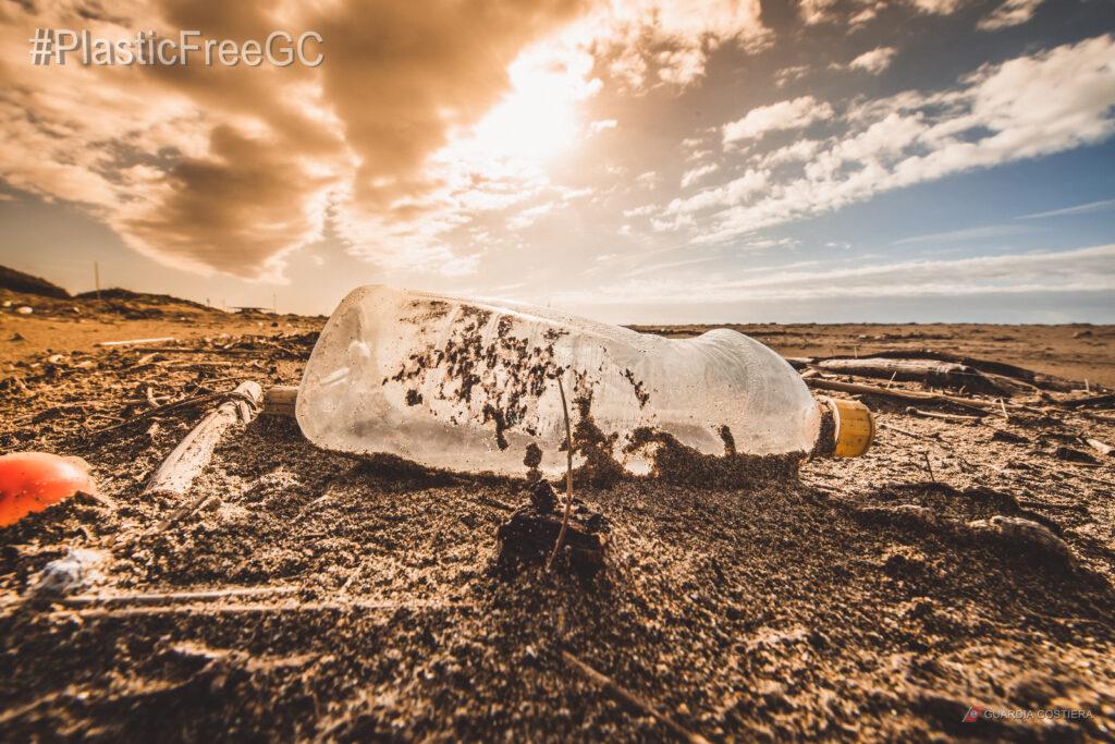 Plastica in mare: l'app della Guardia Costiera si arricchisce di nuove funzioni